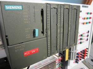 11m 300x225 - تابلو برق صنعتی