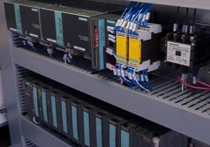 6m 300x210 - تابلو برق صنعتی