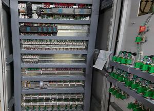 8m 300x216 - تابلو برق صنعتی